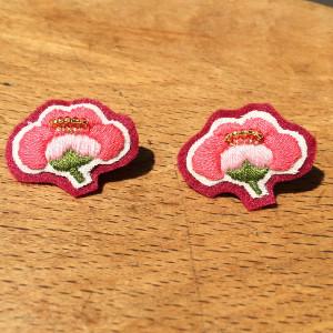 梅の花刺繍