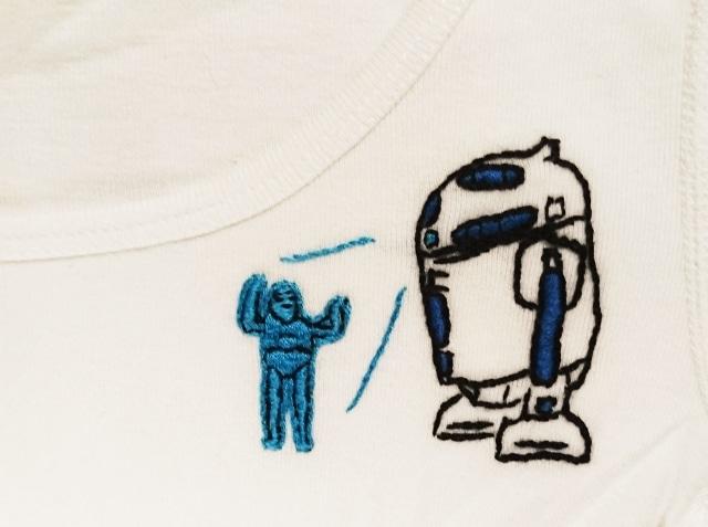 R2D2刺繍のシャツ