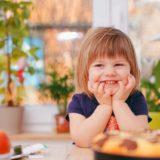 「その子らしさ」を認めて自尊感情を考えてあげれば、子どもの幸福感が変わってくる。