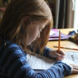 多すぎる習い事は、子供が「大変さ」を受け入れられない原因になる。
