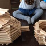 KAPLA®(カプラ)ブロックは「1歳~小学校」まで遊べる積み木のような知育玩具!