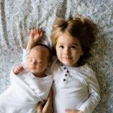 赤ちゃん返りした上の子に、4つのスキンシップで二人目育児が安定する。
