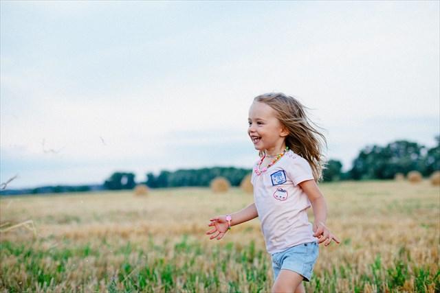 イヤイヤ期の乗り切る為に、子どものペースに合わせる5つの方法