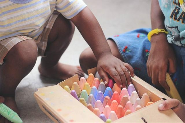子供がいる家で喜ばれる手土産、気を利かせた選び方が大切