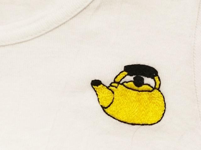 ヤカン刺繍シャツ